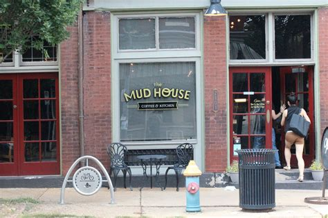 the mud house st louis the mud house st louis 28 images kaldi s st louis coffee joints mud house and the