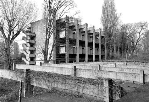 Aldo Daniele Architetto by E I Suoi Architetti Vigan 242 Per Un Architettura