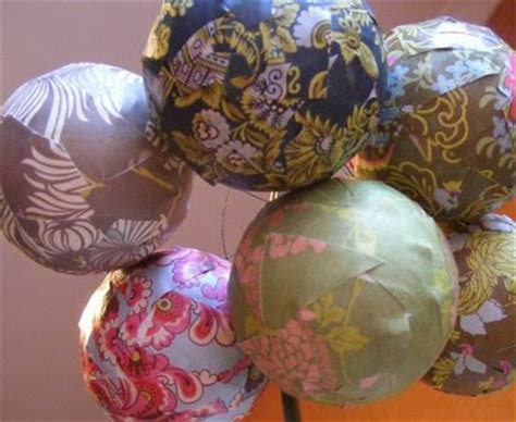 Decoupage Baubles - craft tutorials galore at crafter holic decoupage baubles