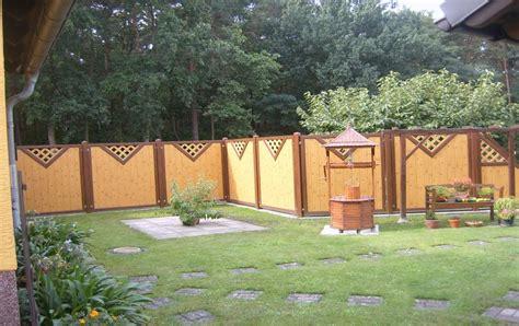 sichtschutz garten kunstoff vorgarten sichtschutz mit rankgitter
