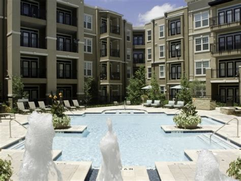 Pet Friendly Apartments Las Colinas Lincoln Las Colinas Apartment Pool Lascolinas Apartments
