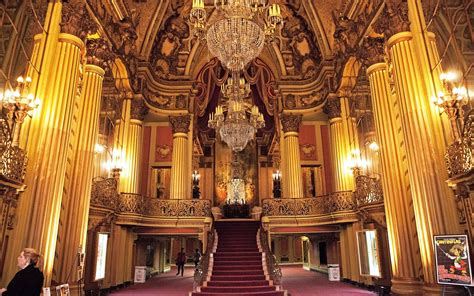 broadway design guidelines los angeles the story behind l a s historic theatre district travel