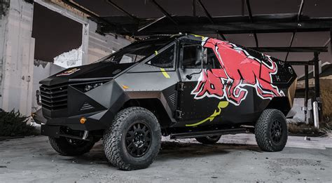 Auto Logo Roter Stier by Red Bull Armored Event Vehicle Hiconsumption