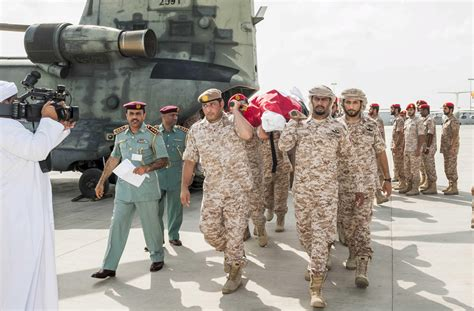 emirates yemen photo gallery funeral of the 45 emirates soldiers killed