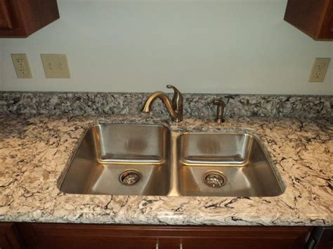 quartz countertop with undermount sink 17 best cambria images on cambria quartz