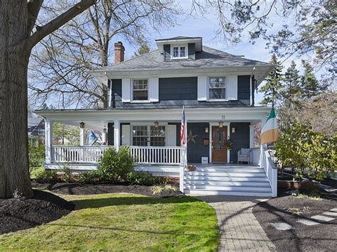 square home gorgeous american foursquare home in jersey i want this