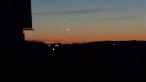bright light in sky last night what was that bright light streaking across the sky last