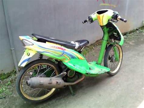 Modifikasi Mio Sporty Kuning by Modifikasi Mio Sporty Airbrush Hijau Kuning Edisi Usang