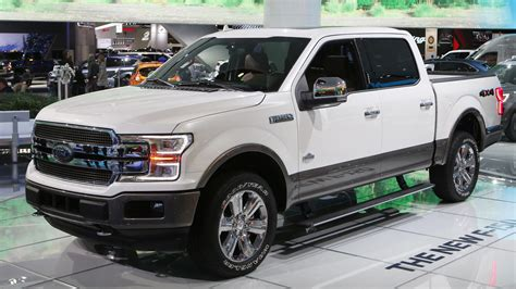 Ford Truck Recalls by Ford Recalls 350 000 Suvs And Trucks Citing Problems
