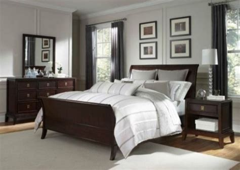 california king sleigh bedroom set broyhill antiquity california king sleigh bed 8053