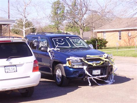 Wedding Car Track by The Best Wedding Car Decorations Ways To Decorate