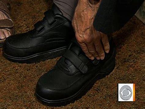 gps shoes gps shoes help alzheimer s patients caretakers cbs news