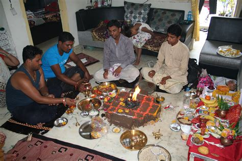 At Home by File Hindu Puja At Home Ahmedabad 08 Jpg Wikimedia Commons