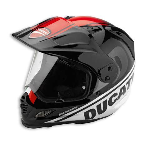 Helm Agv Arai racing helmets garage ducati helmets by arai 2016