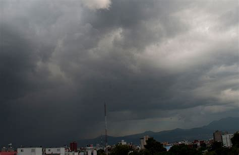imagenes de buenos dias nublado habr 225 cielo medio nublado y lluvia ligera en cdmx