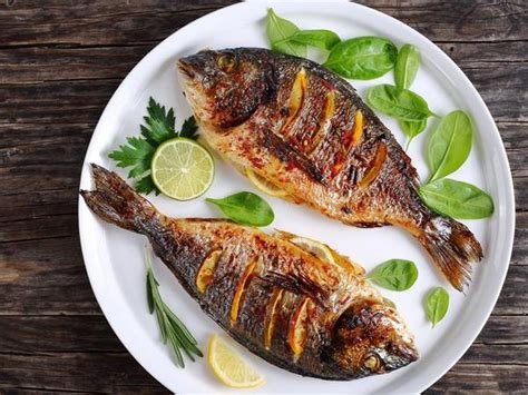thrice a week pregnant women take note eating fish thrice a week can