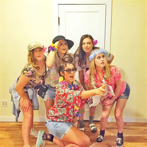easy  halloween costumes  lazy partygoers