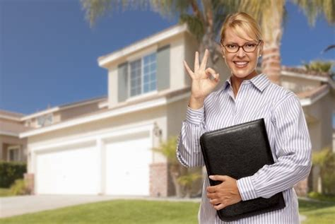 how to buy and sell house at same time how to sell and buy at the same time mikkimoves real estate