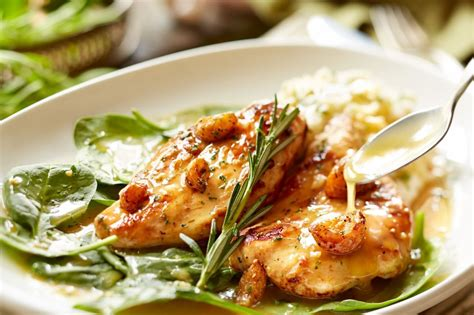 tasty thursday olive garden garlic rosemary chicken veterans day specials at local restaurants chicago tribune