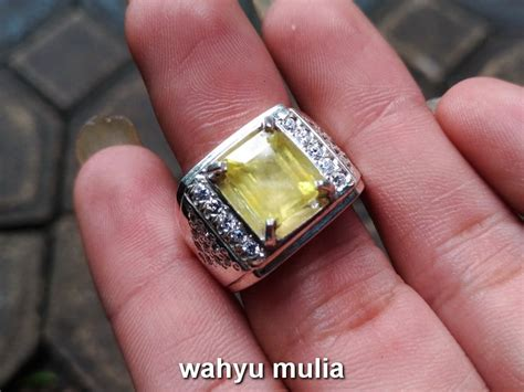 Cincin Yakut Yellow Safir Top batu permata yellow safir yakut asli kode 727 wahyu mulia