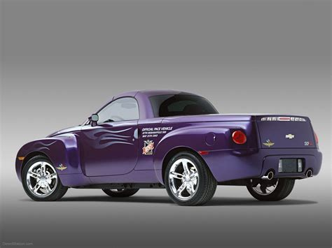 chevrolet ssr car image 022 of 37 diesel station
