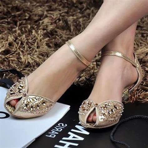 Flat Wedding Shoes For by Best 25 Flat Wedding Sandals Ideas On Wedding