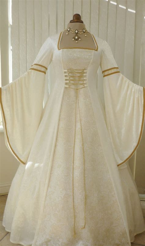 Medevil Wedding Dresses Plus Sizes by Plus Size Wedding Dresses Pictures Ideas Guide