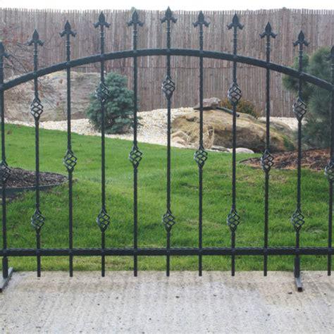 rete di recinzione per giardino recinzioni in ferro per giardino con casa pura rete
