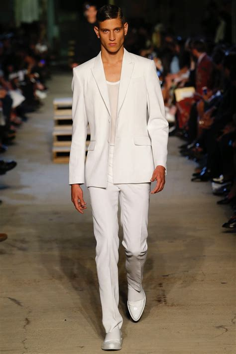 new york fashion week springsummer 2016 youtube givenchy shows spring summer 2016 collection during new