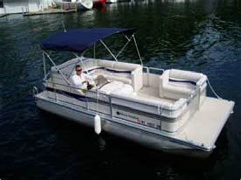 pontoon boat rental lake george pontoon boat rentals the villas on lake george