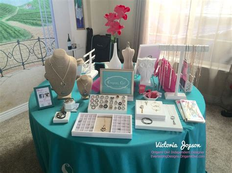 Origami Owl Display - 17 best ideas about origami owl display on