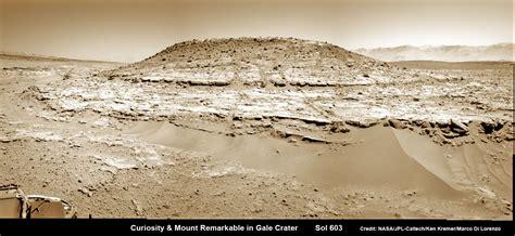 curiosity rover landing date curiosity captures stunning new mount sharp panorama on