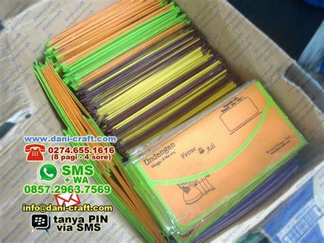 Tas Undangan Pernikahan Unik Bentuk Dompet undangan dompet murah undangan bentuk dompet souvenir