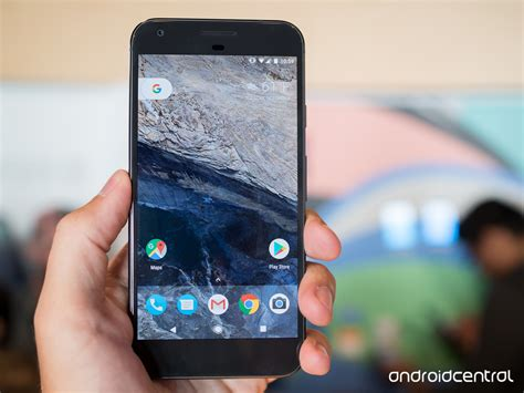google pixel hands on android s newest premium smartphone it pro google pixel and pixel xl hands on android central