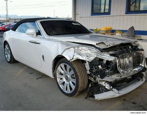 Crashed Rolls Royce For Sale Kris Jenner S Totaled Rolls Royce Up For Sale Tmz