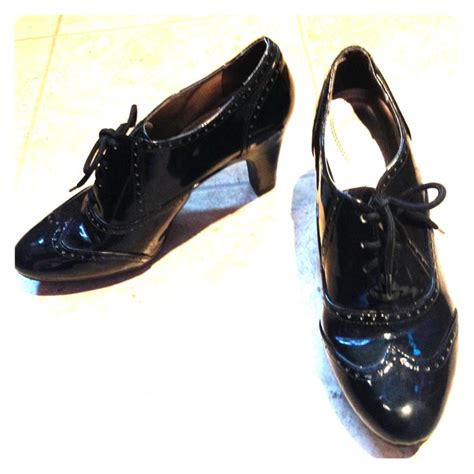 60 macy s shoes heeled dress shoes from ari s