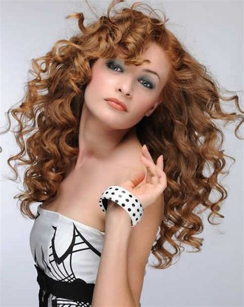21 sexy curly hairstyles that will make you wary feed