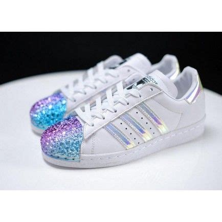 best 25 adidas superstar hologram ideas on adidas shoes for holographic