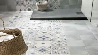 rev 234 tement salle de bains carrelage parquet peinture