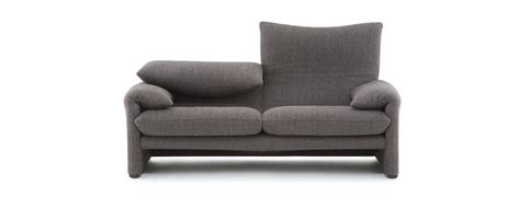 Cassina Sofas 675 Maralunga Sofas And Armchairs Vico Magistretti