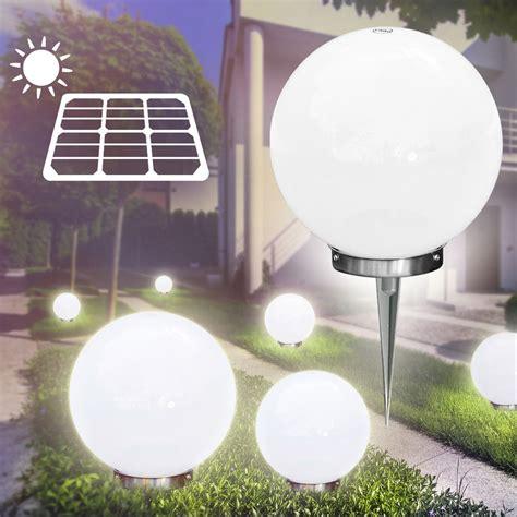 illuminazione da giardino a led illuminazione da esterno sfere luminose solare da