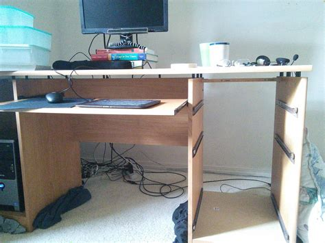 Desk Cams by Furniture Board On Top Of Computer Desk Drawers Blocking
