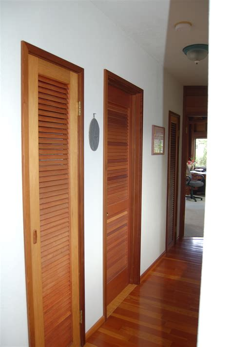 Louver Doors by Simple 40 Louvered Bathroom Ideas Decorating Design Of Louvered Bathroom Interior Impressive
