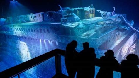 film everest in leipzig titanic wreck expedition to take tourists to sunken ship
