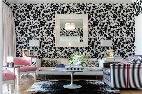 Living Room Wallpaper Ideas White Black by