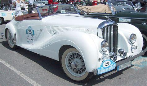 old white bentley file white oldtimer jpg wikimedia commons