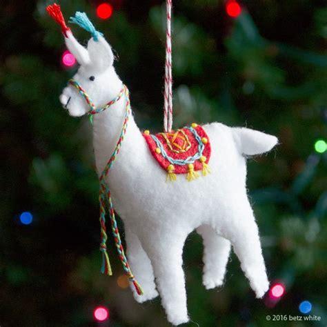 holiday stitch along ornament club 2 fa la la la llama
