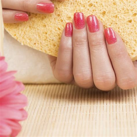 How To Use Sponge Nail