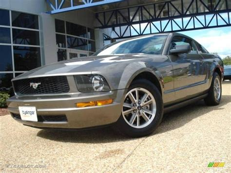 2005 mineral grey metallic ford mustang v6 deluxe coupe