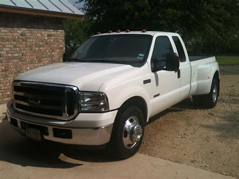purchase   ford   super duty dually lariat